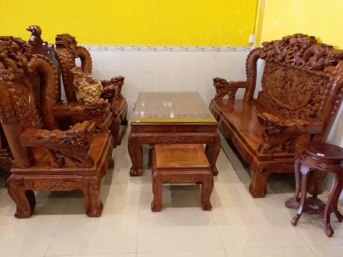 bộ bàn ghế phòng khách làm từ gỗ xoan đào