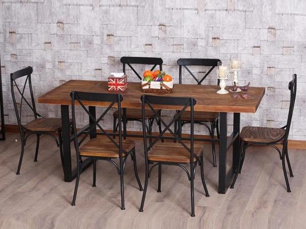 bàn ghế gỗ quán ăn
