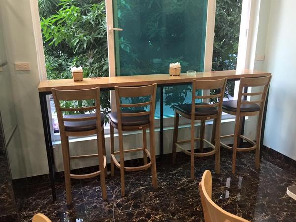 bàn ghế gỗ cafe thanh lý
