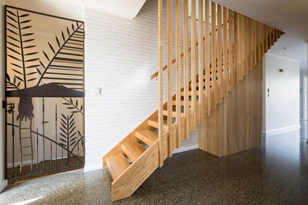 các mẫu con tiện cầu thang gỗ