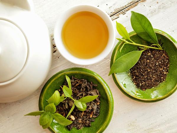 cách khử mùi tủ gỗ công nghiệp bằng lá trà khô