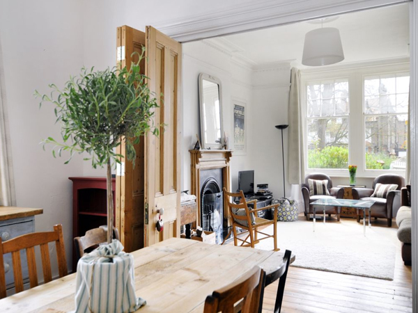 vách ngăn phòng khách và bếp giá rẻ