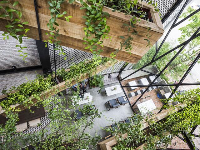 thiết kế quán cafe sân vườn đơn giản