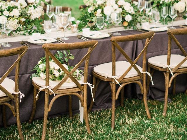 ghế gỗ tiệc cưới