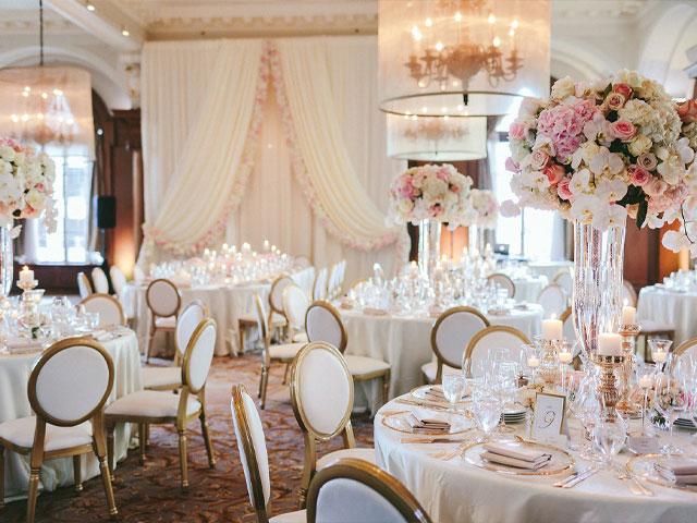 ghế nhà hàng tiệc cưới sang trọng