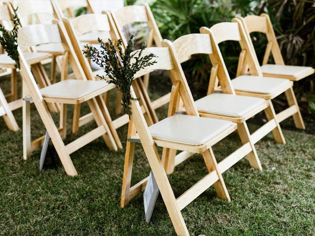 ghế tiệc cưới gấp gọn