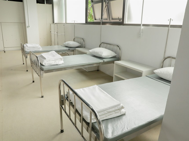 Giường bệnh viện dã chiến